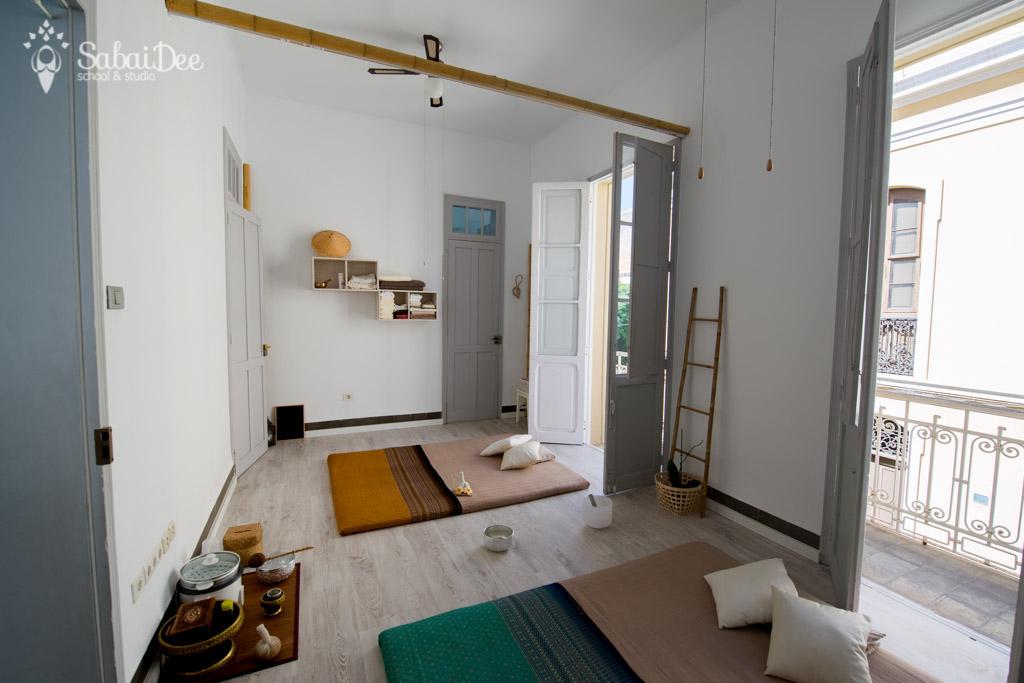 Tenerife Yoga Teacher Training. Aulas y espacios