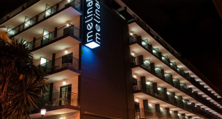 HOTEL MELINA-FACHADA