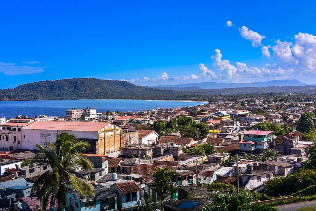 CUBA MÁGICA, CON ENCANTO Y VARADERO