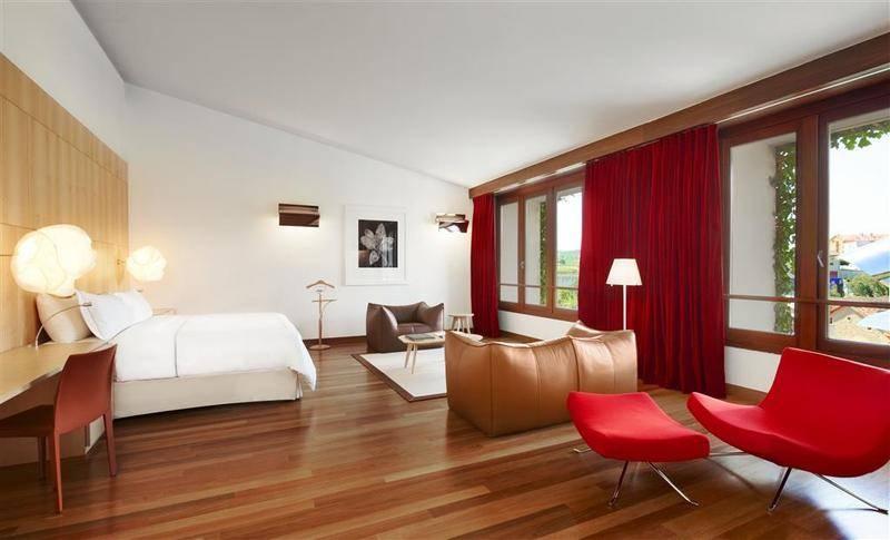 Grandes habitaciones y suites en hotel marques de Riscal