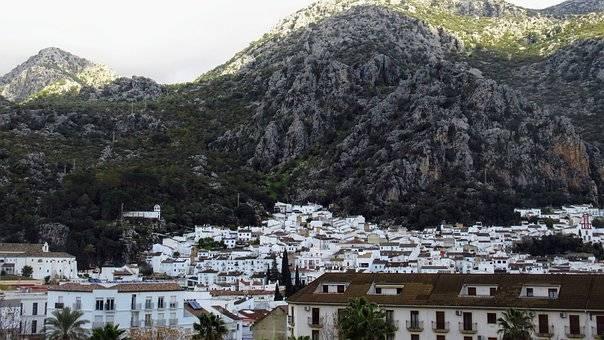 Pueblos Blancos y Rincones de Cádiz