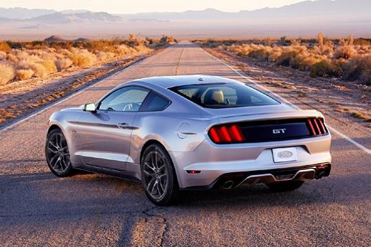 Ford Mustang Ruta 66
