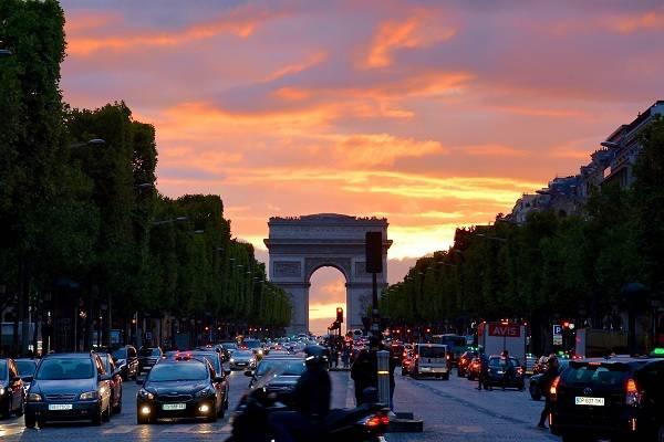Arco de Triunfo, París