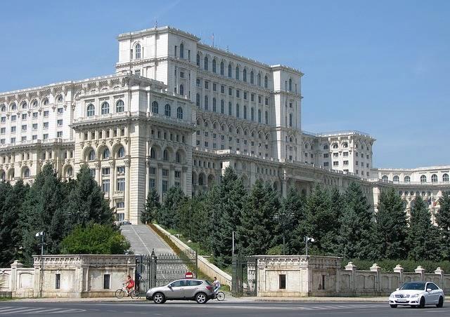 De Atenas a Bucarest