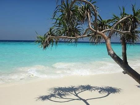 PARADISIACAS PLAYAS MALDIVAS