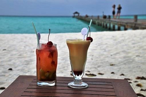 REFRESCARSE EN MALDIVAS