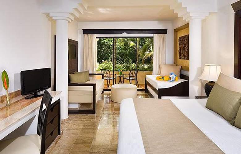 Comodas habitaciones hotel Melia