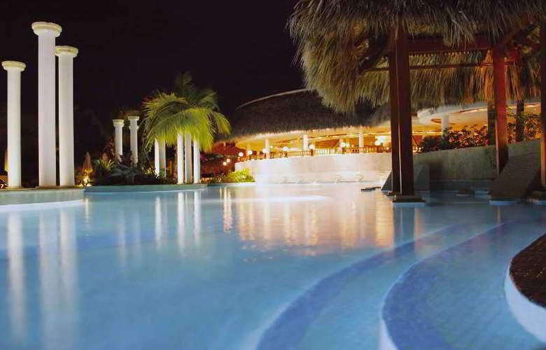 piscinas Melia