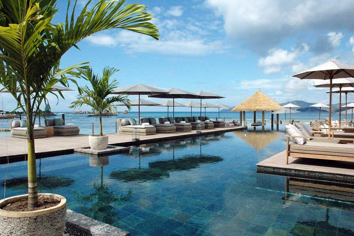 Pool Resort